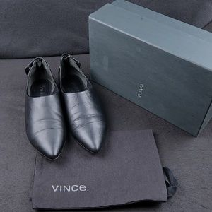 Vince Noel Cap Toe Flat